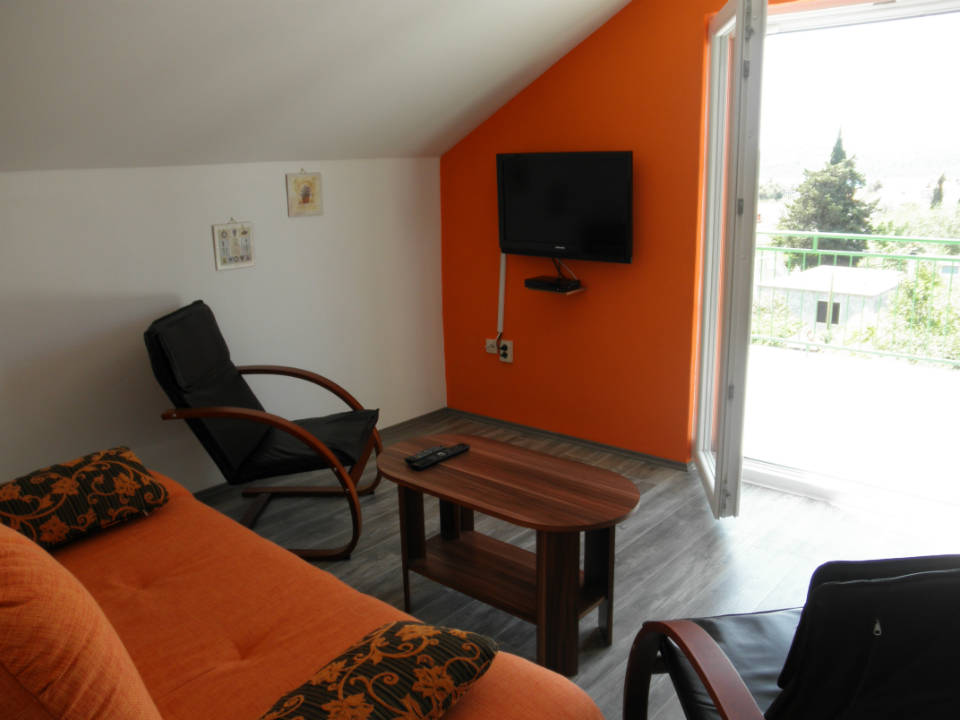 Small apartment image